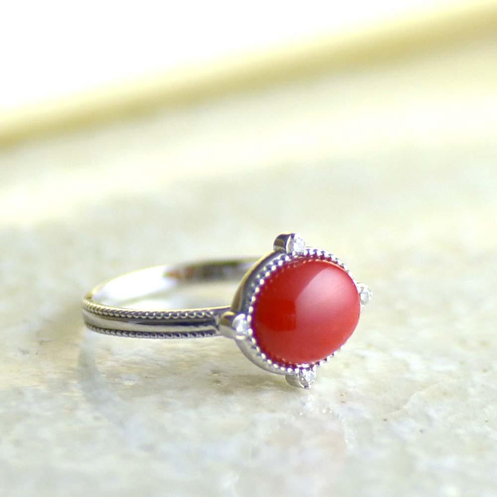 K18WGダイヤ入り血赤珊瑚リング
