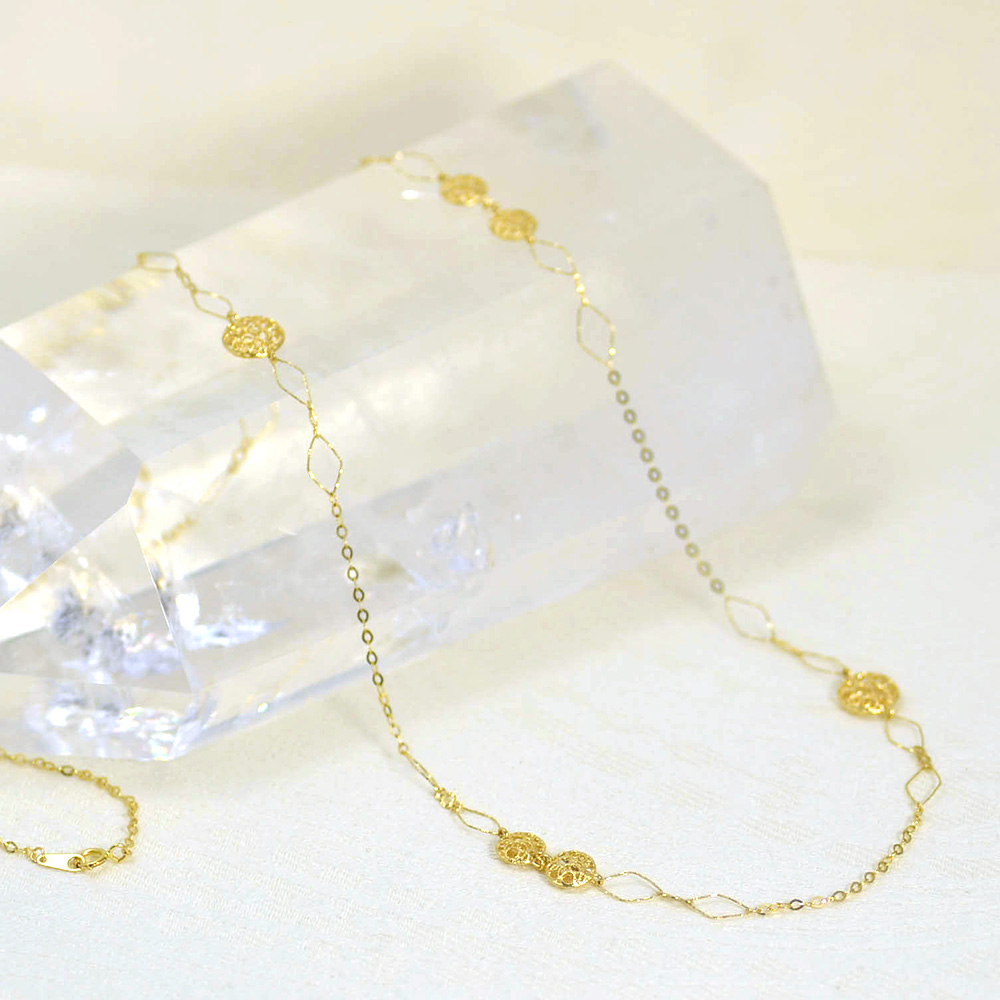 K18クッションダイヤデザインロングネックレス