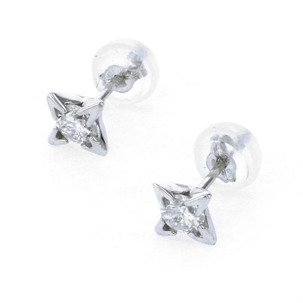 K18WG ホワイトゴールド ダイヤモンド ピアス/イヤリング