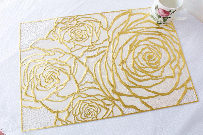 2枚セット 食卓が華やぐビクトリアンな薔薇が素敵なランチョンマット☆ ランチョンマット キラキラ ローズ ビニール メーカー再生品 人気ブレゼント 花柄 おしゃれ ボタニカル かわいい姫系 母の日ギフト ゴールド シルバー