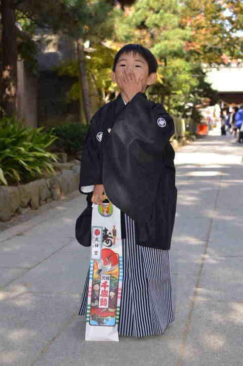 男児7歳身長120cm前後 【子供用黒紋付羽織袴レンタル】【10P03Sep16】