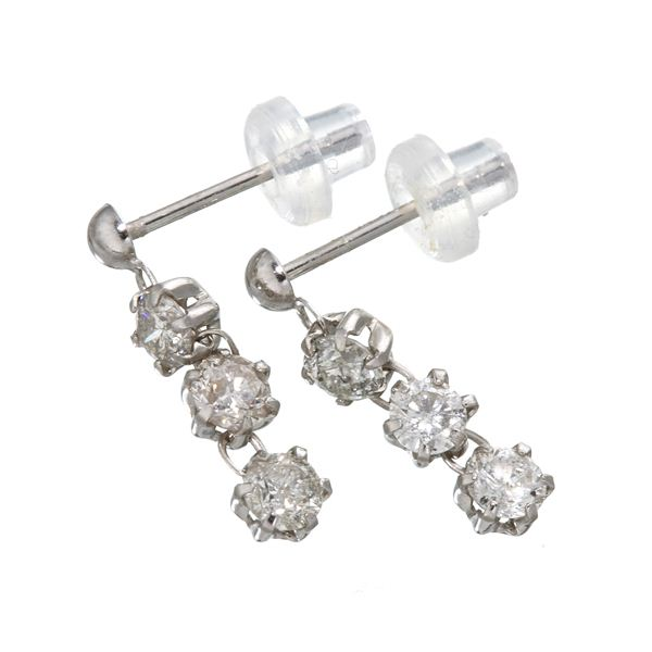 ホワイトゴールド 0.6ctダイヤモンド3ストーンピアス 白