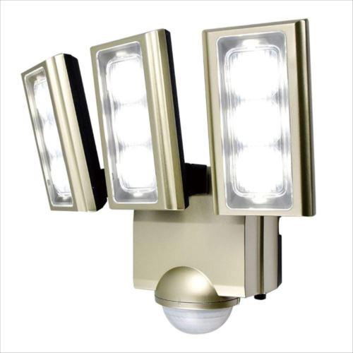ELPA(エルパ) 屋外用LEDセンサーライト AC100V電源(コンセント式) ESL-ST1203AC  【abt-1210986】【APIs】