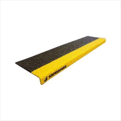 SAFEGUARD 階段用滑り止めカバー 9インチ2色x914mm幅 914x225x25mm 黒/黄色鉄板設置用ネジ付属 12093-S  【abt-1474157】【APIs】