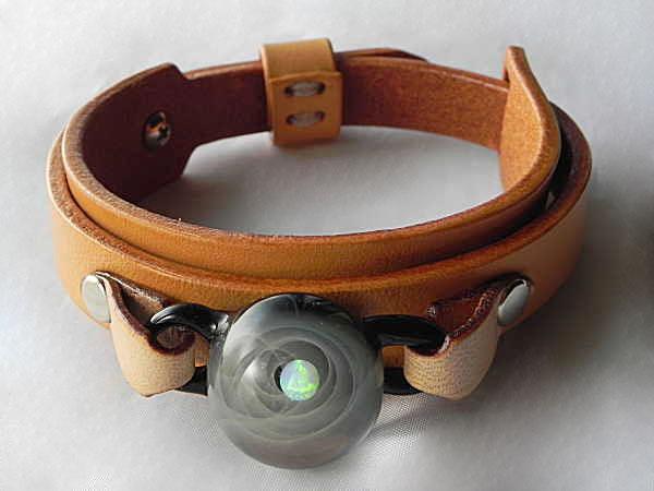 宇宙ガラスブレスレット メンズ05 宇宙ガラス ガラスブレスレット 宇宙ガラス ブレスレット 宇宙ブレスレット オリジナル ペアブレスレット 日本製 ハンドメイド【auktn】【送料無料】