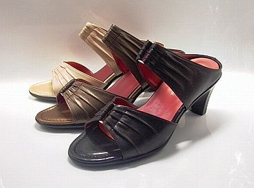 05P02Aug14 mule black / midriff metal fittings heel yuriko matsumoto, leather shoes shoes sandals leather skin lady's shoes mule collect on delivery trouble for free that is not painful which is not tired