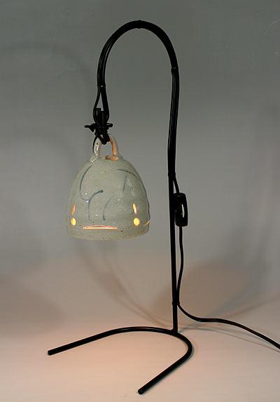 和風照明・つりがね草絵付 【インテリア照明】【和風スタンドライト】【陶器】