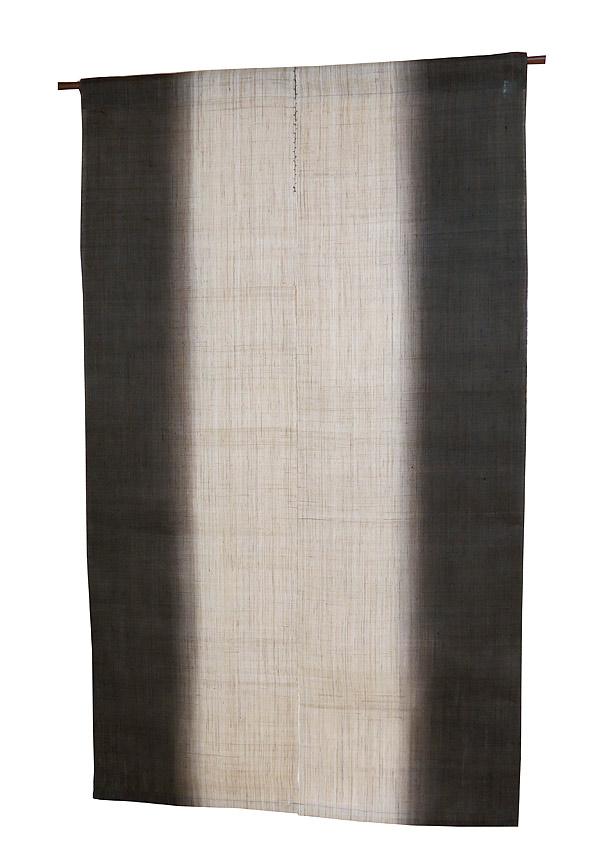 麻 のれん:縦染墨色(手織り本麻暖簾)(生平麻) のれん棒別売り