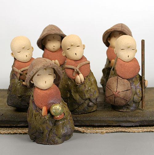 六地蔵・陶人形