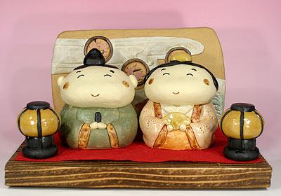 雛人形 ひな祭り /ぷくぷく雛セット(陶雛人形)【親王飾り】■敷き台は黒塗となります