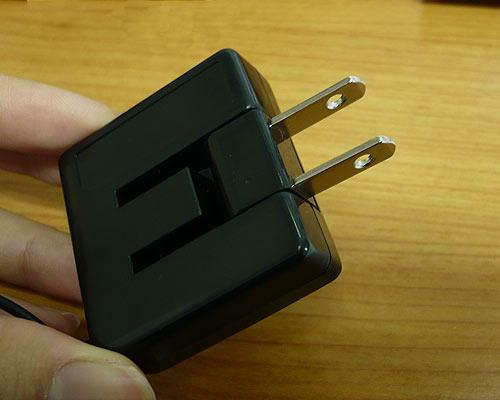 供供au使用的行動電話使用的AC充電器CK-02BK[au-CDMA,au-WIN對應]