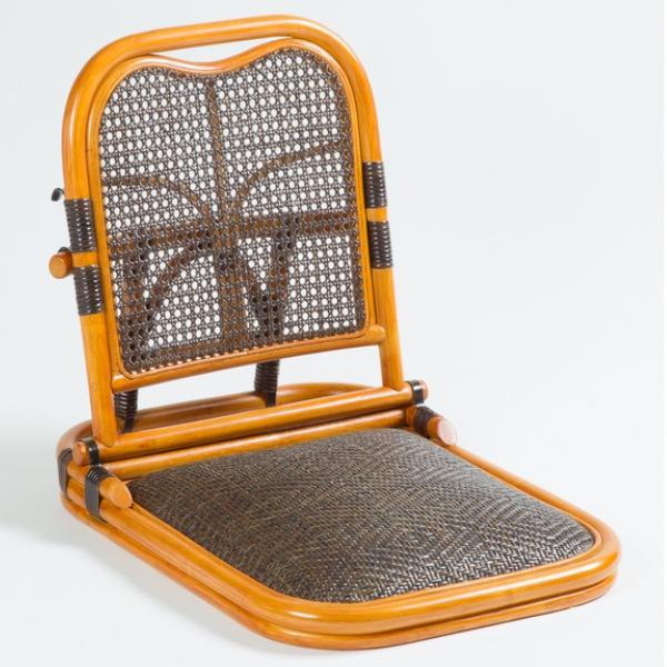 ラタン 畳座椅子 GNM01 イス チェア 座椅子折りたたみ出来ますので収納の際にも場所を取りません!完成品です 4760 座椅子 椅子 いす イス 1人用 チェア イス チェア パーソナルチェア 1人掛 ラタン 籐 完成品 座椅子 コンパクト 折りたたみ 和室