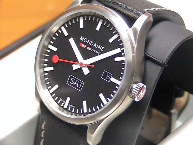MONDAINE Sports Line モンディーン 腕時計 スポーツライン デイデイト ブラックダイアル ブラックレザー マットケース A667.30308.19SBB 【文字盤カラー ブラック】 優美堂のモンディーンはメーカー保証つきの正規商品です。