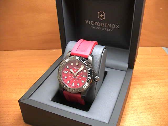 VICTORINOX ビクトリノックス 腕時計 ダイブマスター500 ブラックアイス メカニカル Ref.241577