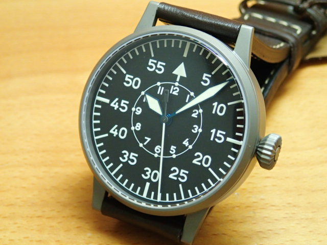 ラコ 腕時計 Laco パイロットウォッチ 861747 Leipzig ライプチヒ 42MM 手巻優美堂のLaco ラコ腕時計はメーカー保証2年つきの正規販売店商品です。