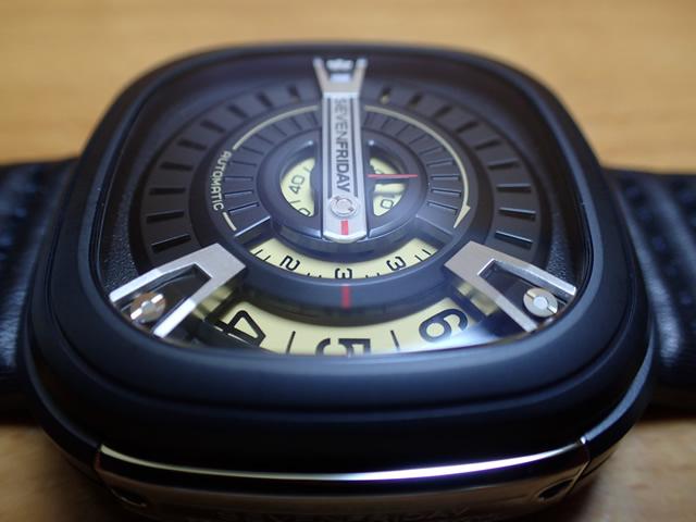 SEVENFRIDAY セブンフライデー 腕時計 Mシリーズ 正規輸入商品 M2セブンフライデーはメーカー保証2年付の正規代理店商品になります。