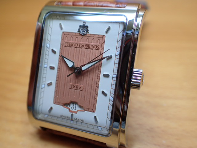 クエルボ・イ・ソブリノス 腕時計 プロミネンテ Clasico クラシコ 正規商品 Ref.1015-1CR 無金利分割も可能です。