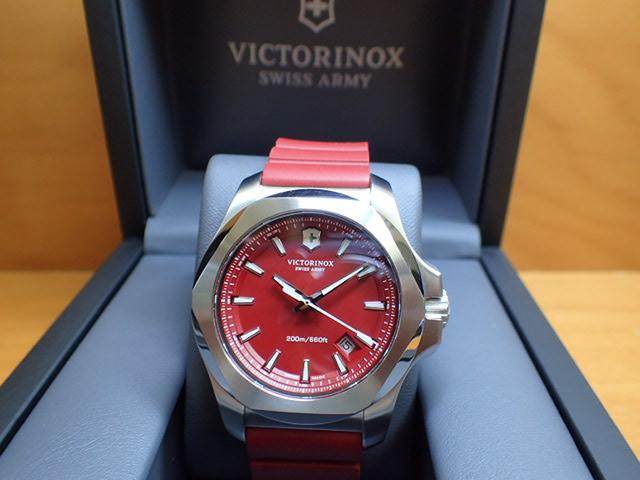 VICTORINOX ビクトリノックス 腕時計 I.N.O.X. イノックス 241719.1 レッド