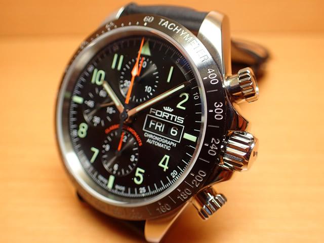 フォルティス 腕時計 FORTIS クラシック・コスモノート セラミック p.m. 42mm Ref.401.26.11 分割払いOKです