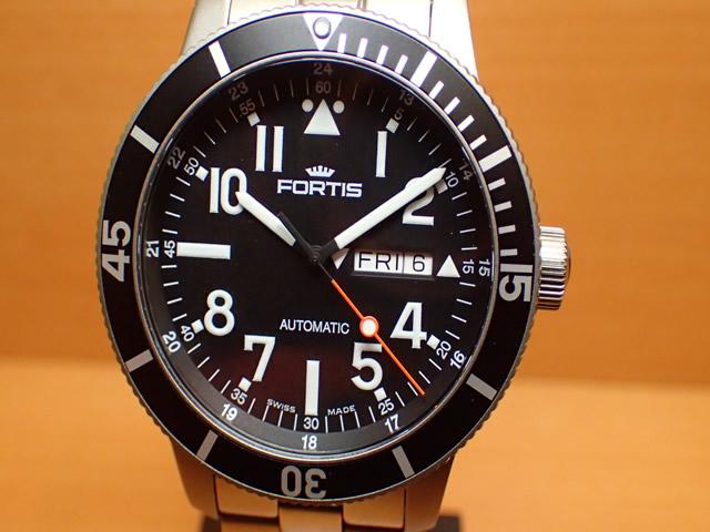 フォルティス 腕時計 FORTIS Aquatis Collections アクアティス・コレクション Diver Titanium ダイバー チタニウム Ref.6472941M 分割払いOKです