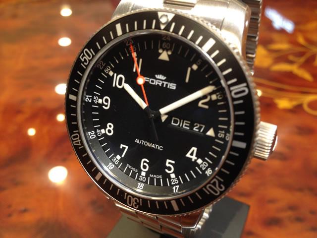 フォルティス 腕時計 FORTIS Officail Cosmonauts オフィシャル・コスモノート 42mm Ref.647.10.11M 分割払いOKです