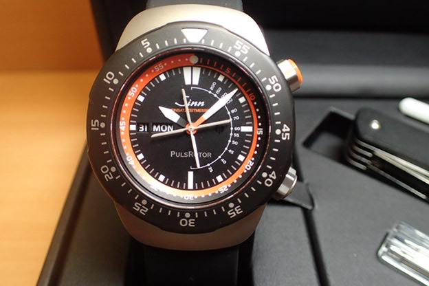 ジン 腕時計 Sinn ジン時計 EZM12 ドクターヘリの救命医師のために開発されたモデル 世界限定300本 分割払いもOKです