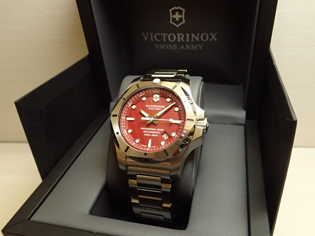 VICTORINOX ビクトリノックス 腕時計 イノックス プロフェッショナル ダイバー I.N.O.X. PROFESSIONAL DIVER ブラック 241783 [正規輸入品]