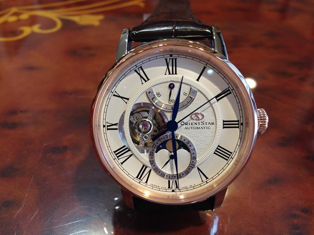 オリエントスター メカニカルムーンフェイズ 機械式 自動巻(手巻付) プレステージショップ限定品 ORIENT STAR RK-AM0003Sオリエントスター初の機械式月齢時計、オリエントスター「メカニカルムーンフェイズ」誕生