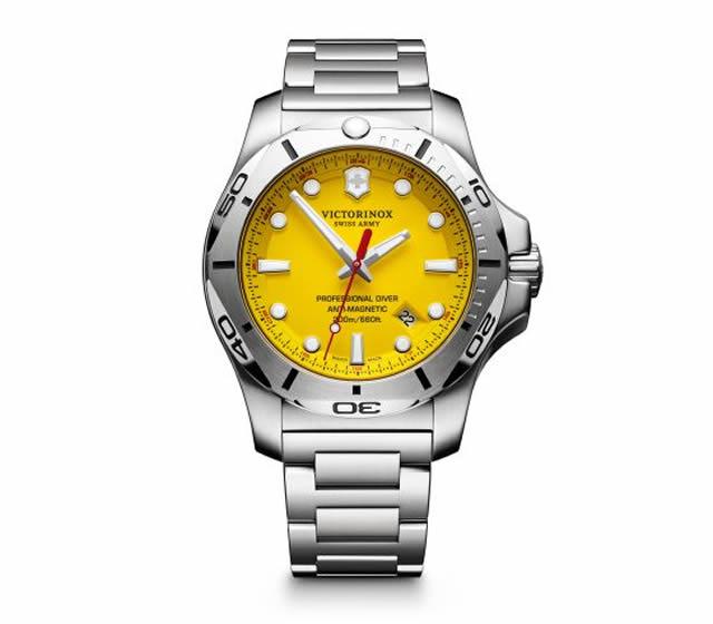 VICTORINOX ビクトリノックス 腕時計 イノックス プロフェッショナル ダイバー I.N.O.X. PROFESSIONAL DIVER ブラック 241784 [正規輸入品]