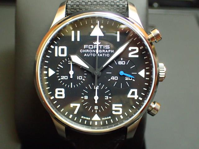 フォルティス 腕時計 FORTIS Pilot Classic Chronograph パイロット・クラシック クロノグラフ Ref.904.21.41LP 優美堂分割払いOKです