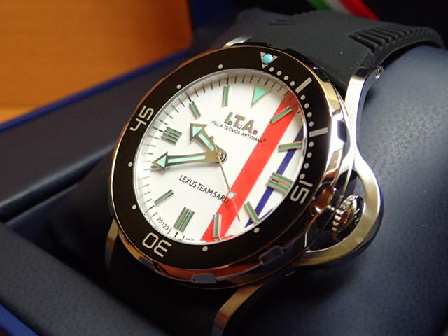 アイティーエー ガリアルド・プロフォンド レクサス チーム サード コラボレーションした日本限定モデル 腕時計 I.T.A Gagliardo profondo LEXUS TEAM SARD 正規商品 Ref.24.01.02Sカーレースファン必見のコラボレーションモデルが登場。限定100本