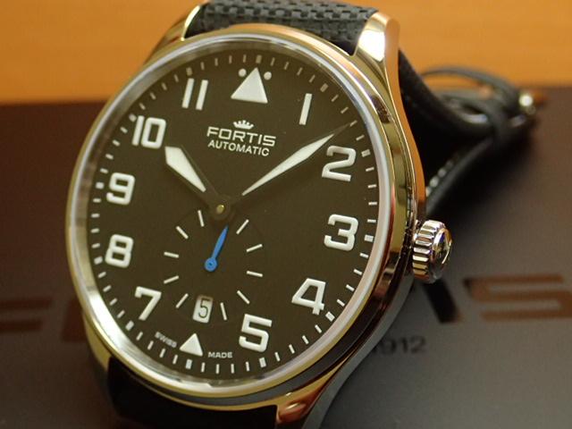 フォルティス パイロット・クラシック セコンド 腕時計 Pilot Classic Second 41mm Ref.901.20.41LP優美堂分割払いOKです