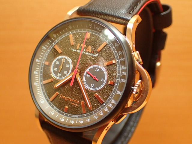 アイティーエー ヴェローチェ 腕時計 I.T.A veloce 正規商品 Ref.24.00.05レトロな印象をもたらし、ストーン加工を施したダイヤルが高級感を高めているクロノグラフモデル