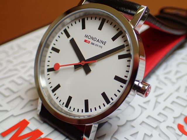 モンディーン 腕時計 ニュークラシック メンズ ホワイトダイアル ブラックレザー A660.30314.11SBB優美堂のモンディーンはメーカー保証つきの正規商品です。