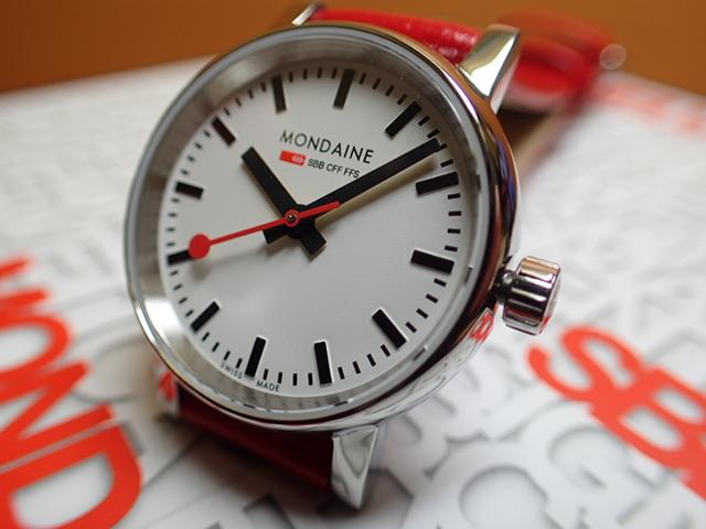 モンディーン 腕時計 エヴォ2 26mm レッドレザー MSE.26110.LC優美堂のモンディーンはメーカー保証つきの正規商品です。