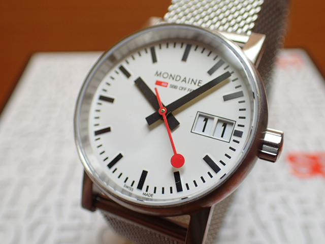 モンディーン 腕時計 エヴォ2 ビックデイト 30mm メッシュ MSE.30210.SM優美堂のモンディーンはメーカー保証つきの正規商品です。