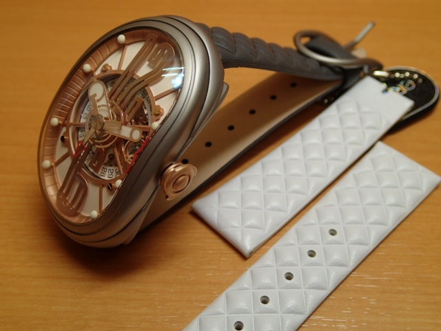 グリモルディ腕時計 G.T.O. 交換用バンドつき 腕時計 メンズ GRIMOLDI Gran Tipo Ovale SSMTWH612PK1962年~1964年にわずかに製造されたフェラーリ250GTOにオマージュした腕時計