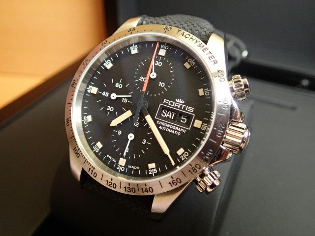 フォルティス ストラトライナー スチール p.m. 腕時計 Stratoliner Steel p.m. 42mm Ref.401.21.31LP 優美堂分割払いOKです