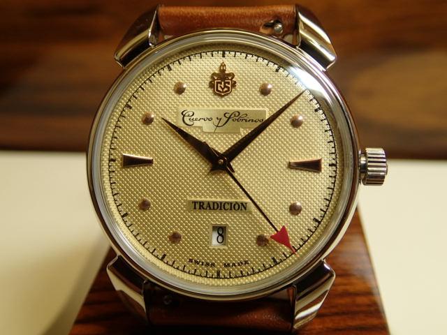 世界限定882本 クエルボイソブリノス 腕時計 ヒストリアドール トラディション シャンパンダイアル 正規商品 Ref.3195.1TR.C 世界限定本数は創業年の1882年にちなんで、各882本 クエルボ・イ・ソブリノス 無金利分割も可能です。