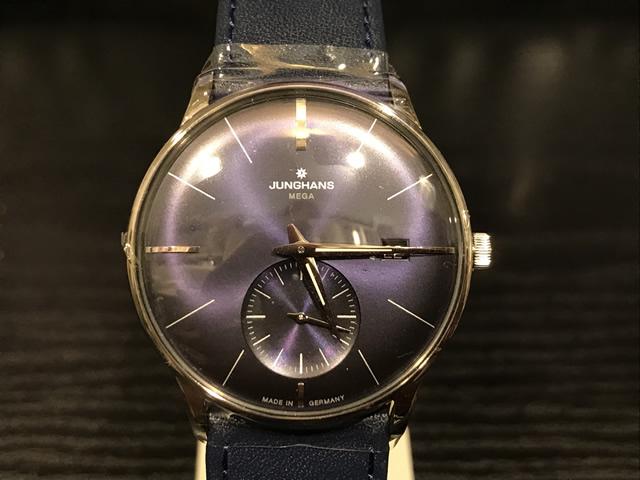 ユンハンス マックスビル バイユンハンス メガ 電波腕時計 max bill mega 38mm 058.4901.00 正規輸入商品