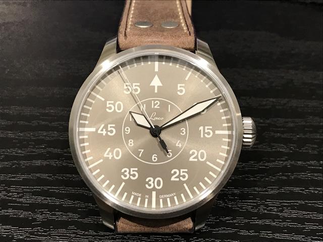 世界限定500本シリアルナンバー刻印入り ラコ 腕時計 Laco 862117 Aachen Taupe 42 アーヘン トープ 42mm 自動巻優美堂のLaco ラコ腕時計はメーカー保証2年つきの正規販売店商品です。