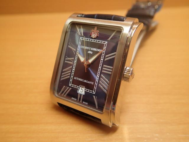 クエルボイソブリノス 腕時計 プロミネンテ クラシコ 正規商品 ネイビー Ref.1015-1RB クエルボ・イ・ソブリノス 無金利分割も可能です。