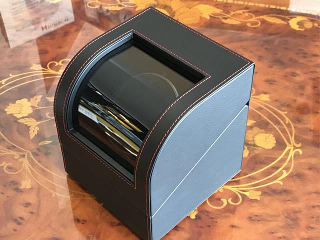 高級感のあるウォッチワインディングマシーン 商店 1本巻きワインダー あす楽 IGIMI ワインディングマシーンオリジナル 一本巻き用 合皮 オンラインショップ USBケーブル対応 画像の腕時計はイメージ用で品物に含まれません 黒色 IG-ZERO105B-1 ワインダー ウォッチ 自動巻き上げ機