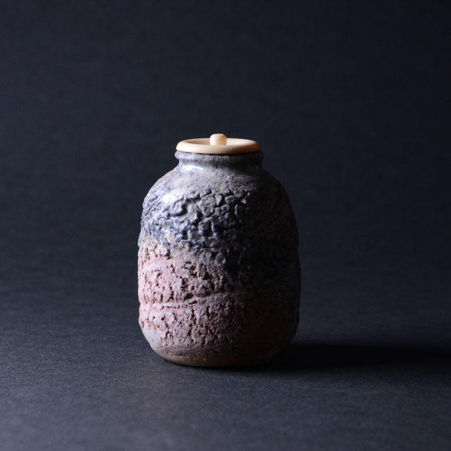 【共箱付】伊賀日々茶入(KAA-051) 作家「新歓嗣」