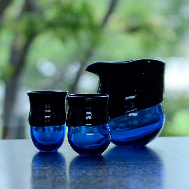 """ガラス DOMAKI """"Blue"""" 酒器揃(SI-061) 作家「飯田将平」"""