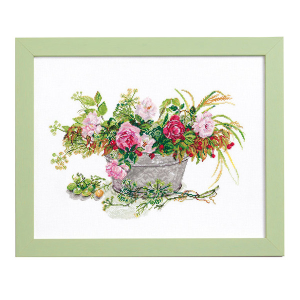 ルシアン 刺しゅうキット Fujico Collection 秋の庭から 675 [刺繍キット/ししゅうキット/クロスステッチ/花