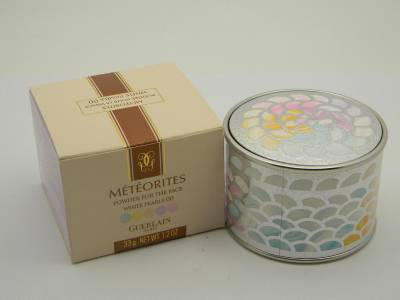 ゲラン メテオライト パウダー フォー ザ フェイス 00 ホワイトパール33g【Guerlain Meteorites Powder For The Face White Pearls 00 33g New With Box】