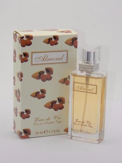 オー ド ヴィ アーモンド オードトワレ 50ml【Eau De Vie Almond 50ml Eau De Toilette New With Box】