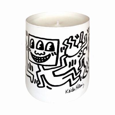 キース ヘリング ホワイト & ブラック センテッド キャンドル 139g/4.93 oz【Keith Haring White & Black Spice Scented Candle 139g/4.93 oz】