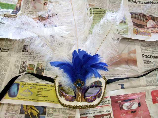 ベネチアのマスケラ 羽根付き ARCOホワイト